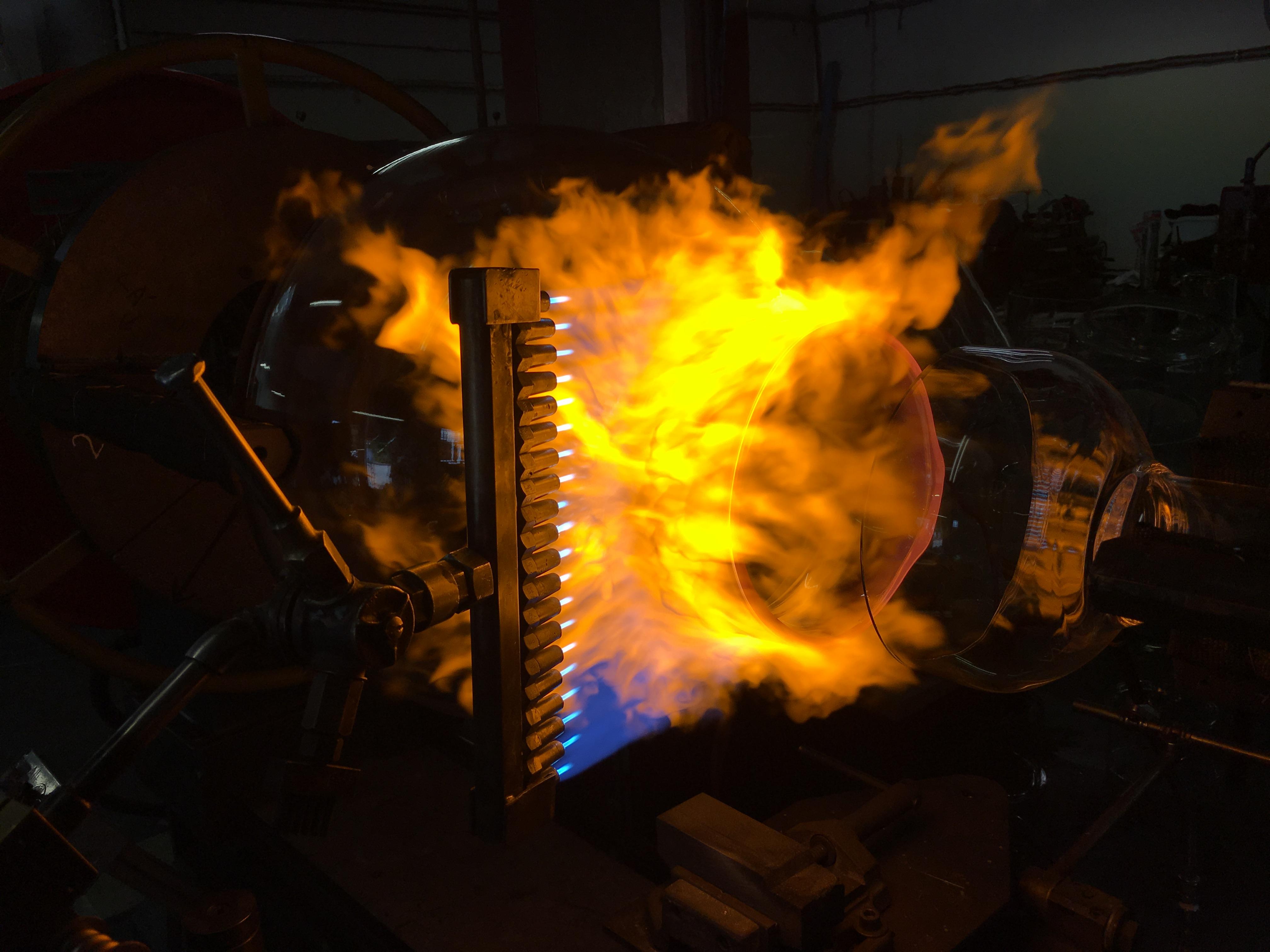 flamme-borosilicate-soufflage-de-verre-equipements